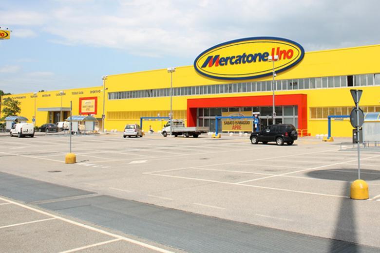 Decisione del mise vendita unitaria per i 13 punti for Mercatone uno arredamento completo